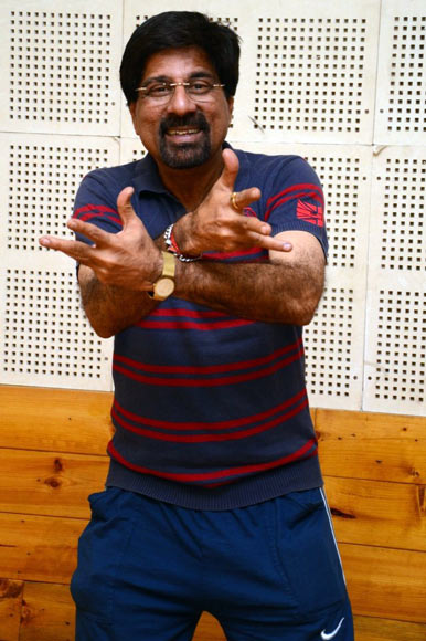 Srikkanth dancing