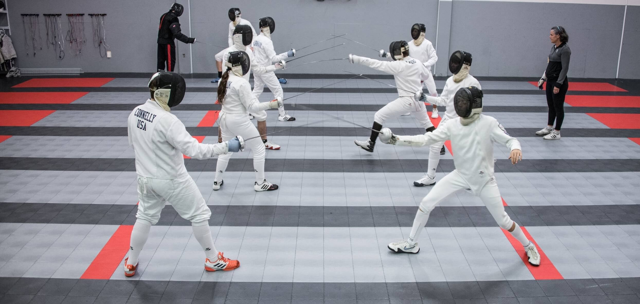 How to Play Fencing Sport
