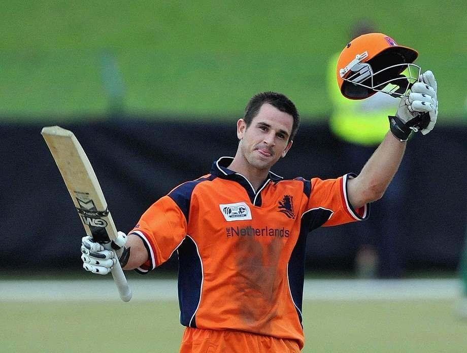 Ryan Ten Doeschate 1000 runs in ODI