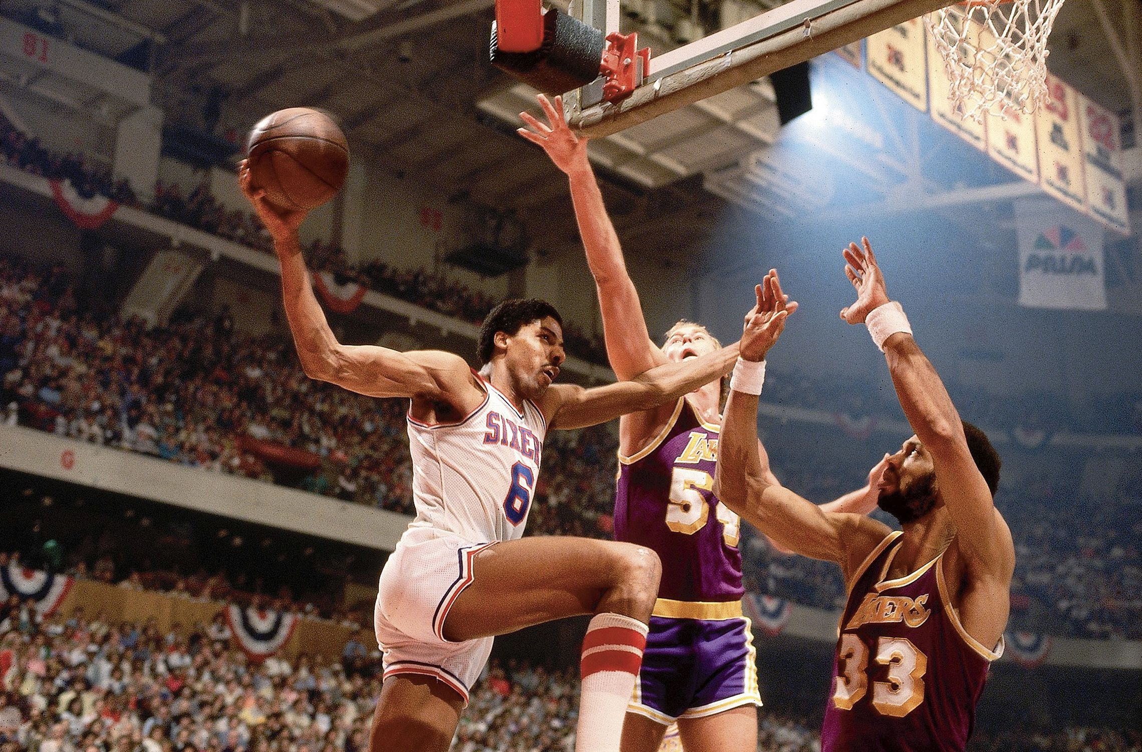 LA Lakers vs Philadelphia 76ers (1980)