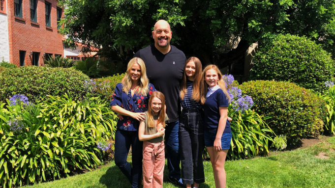 Big Show Joins Netflix to Headline 'The Big Show Show