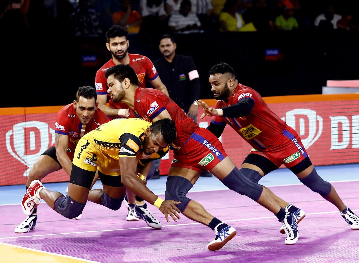 Telugu Titans vs Dabang Delhi Match