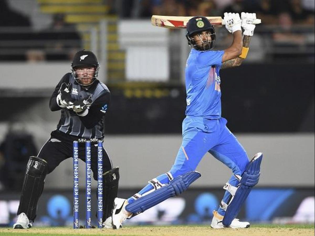kl-rahul-vs-nz-2nd-T20