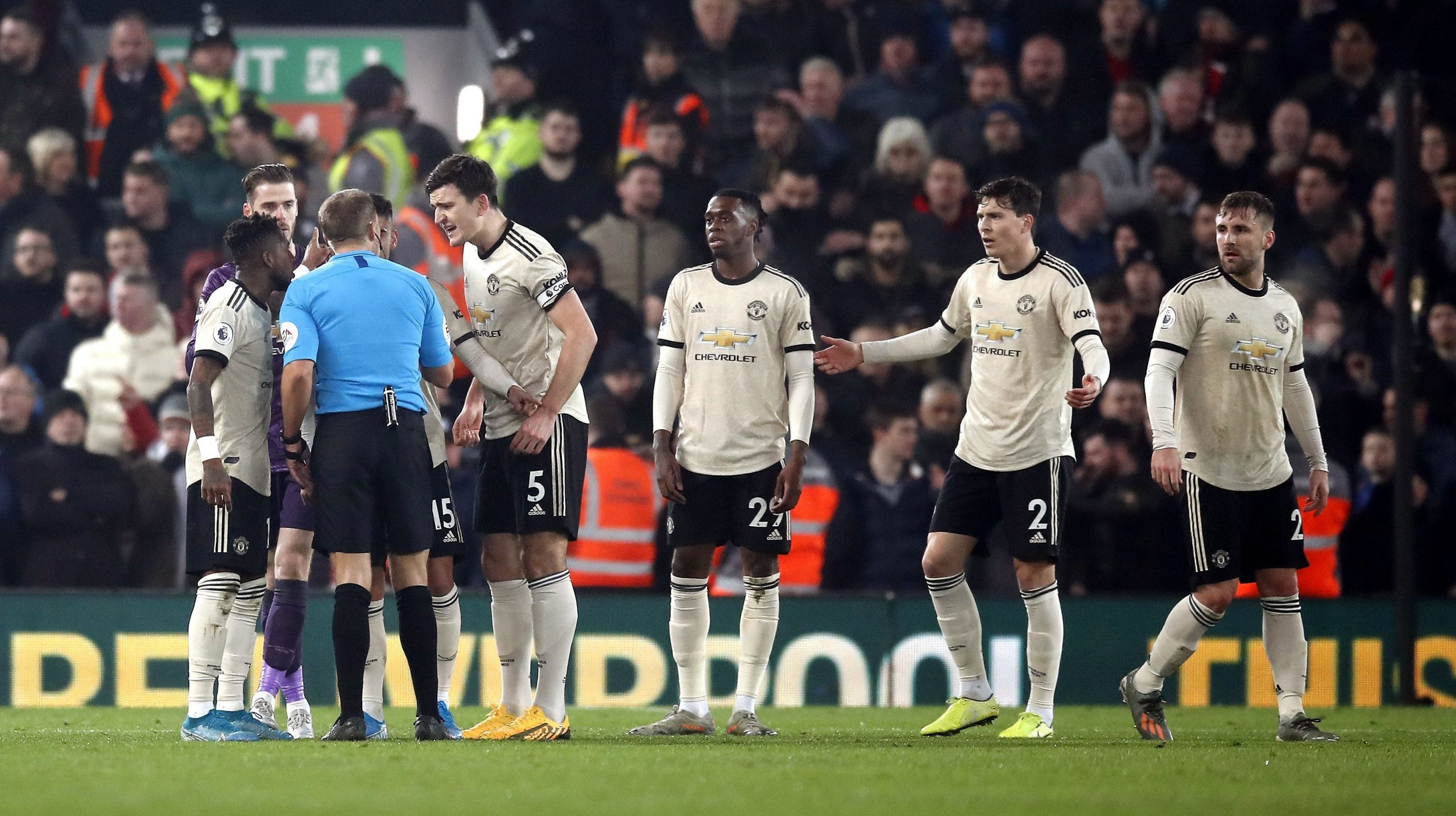 man-utd-charged-by-fac-for-miscond