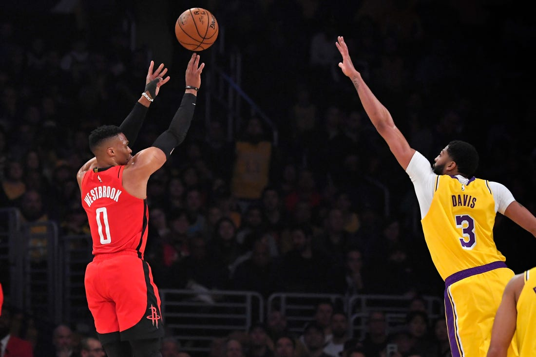 Rockets stun Lakers with a 111-121 win at Staples Center