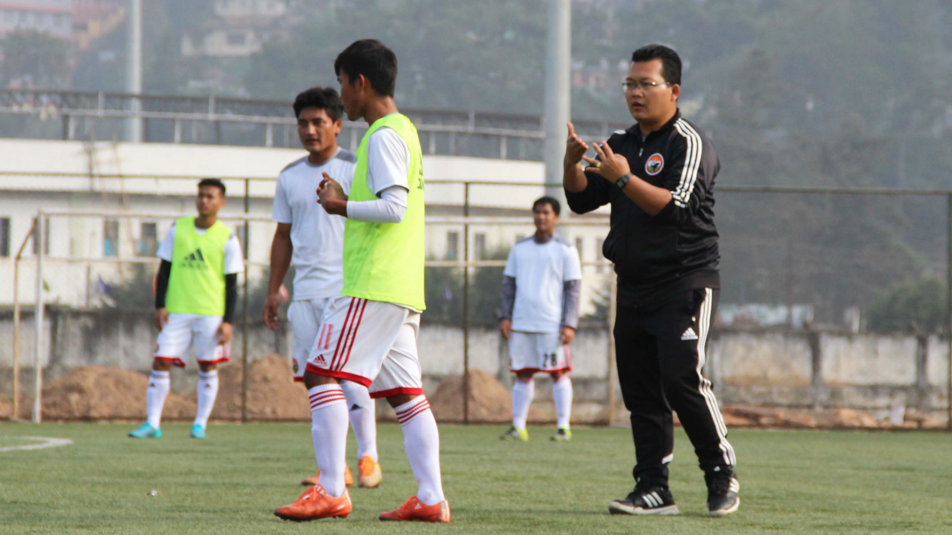 Odisha FC parts ways with the assistant coach Thangboi Singto